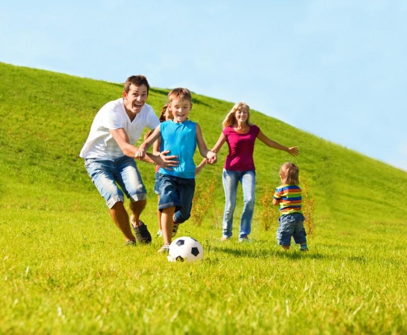 Занятие активным спортом всей семьей - отличная традиция!