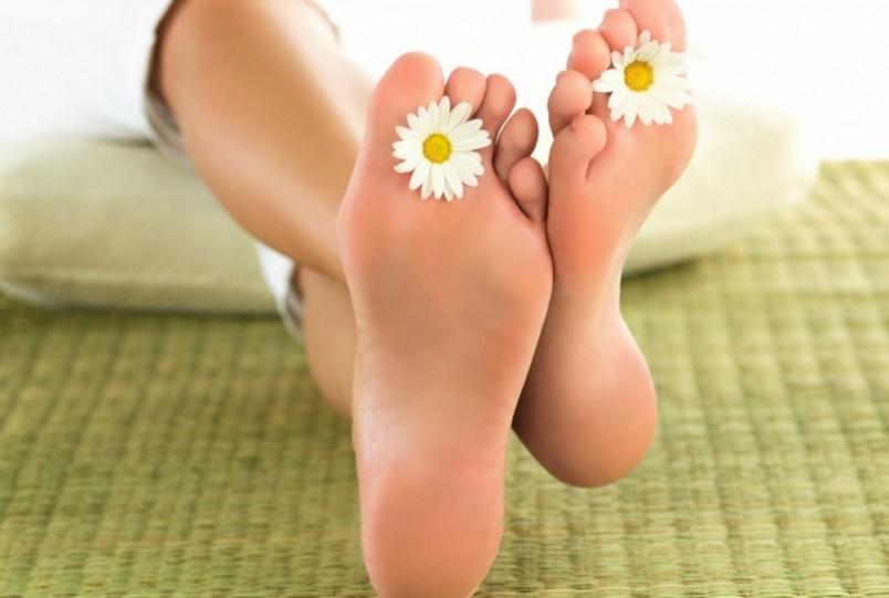 Если у вас появились наросты на ногах, необходимо обратиться к врачу-ортопеду.