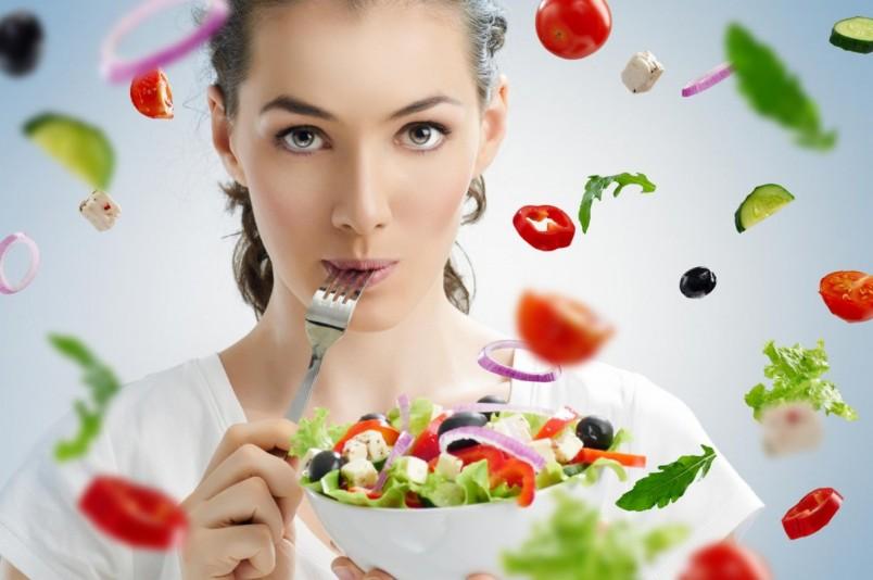 Для худеющих людей существует огромное количество вкусных, а главное низкокалорийных рецептов.
