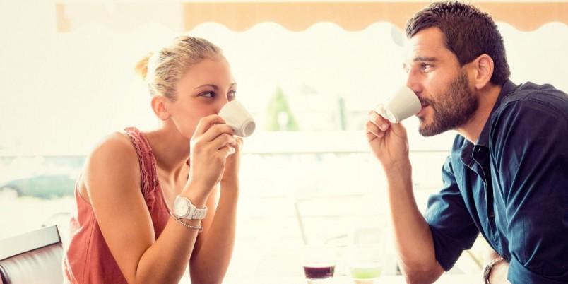 Для того чтобы понравится парню, необходимо выяснить какие девушки ему нравятся и узнать побольше информации о нем.