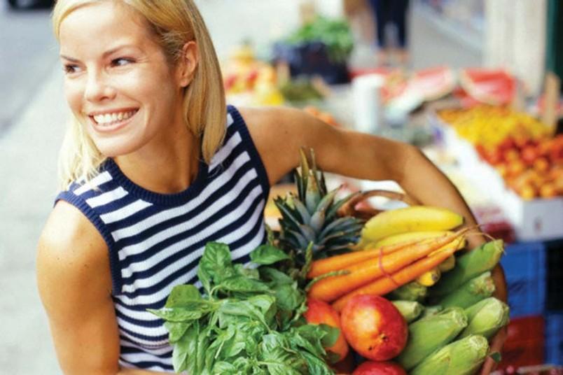 Правильно и сбалансированно питаться - это единственный способ выглядеть стройно, красиво и молодо.