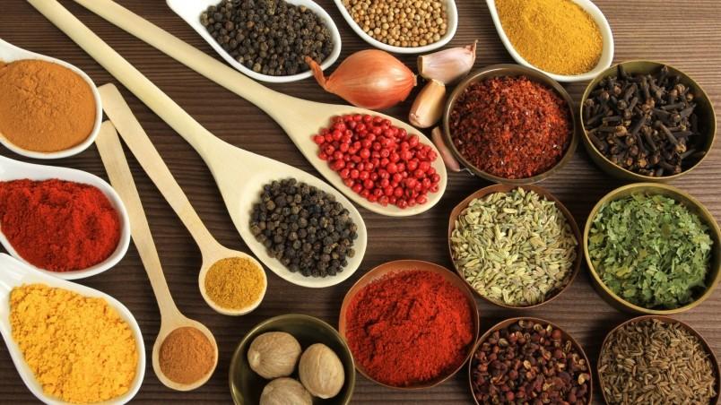 Добавляя специи в свою пищу, вы обрекаете себя на здоровую и долгую жизнь.