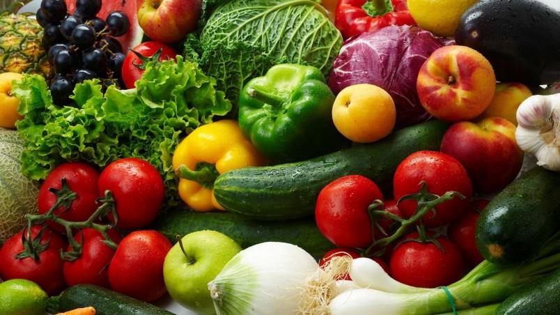Если у вас вторая группа крови, для похудения необходимо употреблять овощи и фрукты.