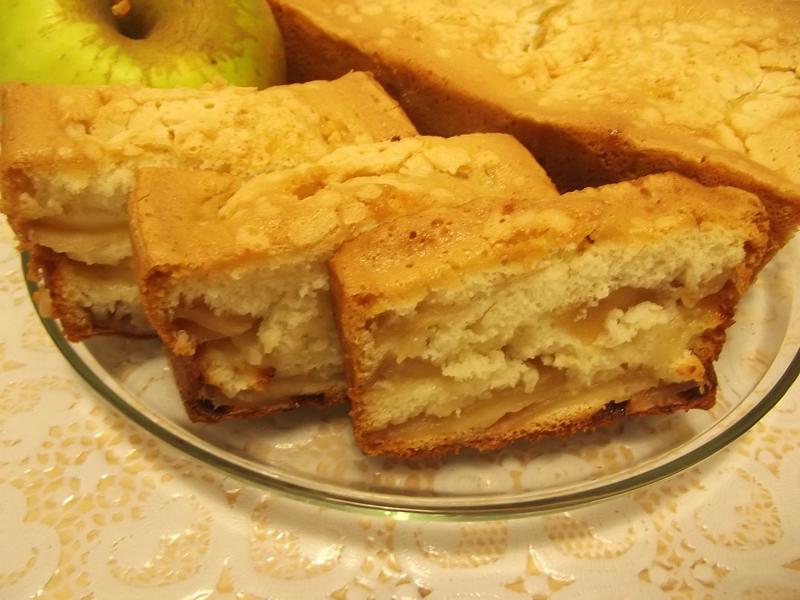 Порадуйте своих близких прекрасным вкусом яблочной шарлотки.