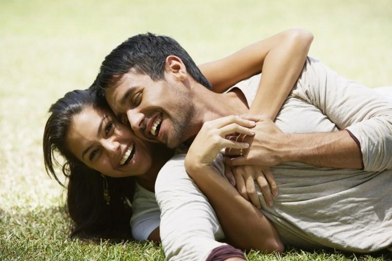 Главное в крепких отношениях, чтобы мужчина чувствовал, что он является для вас опорой и надежной каменной стеной.
