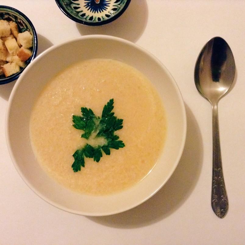 Попробовав сырный крем суп однажды, вы не сможете отказаться от него никогда.