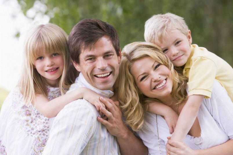 Во избежание стресса проводите больше времени со своей семьей. Это поможет вам отвлечься от плохих мыслей и снять напряжение.
