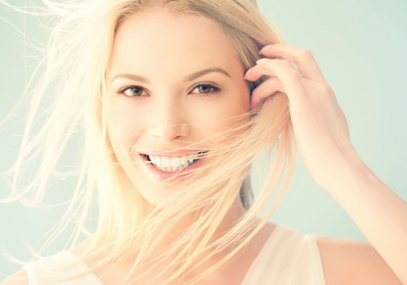 При лечении жирной себореи головы, рекомендуется использовать гормональную терапию.