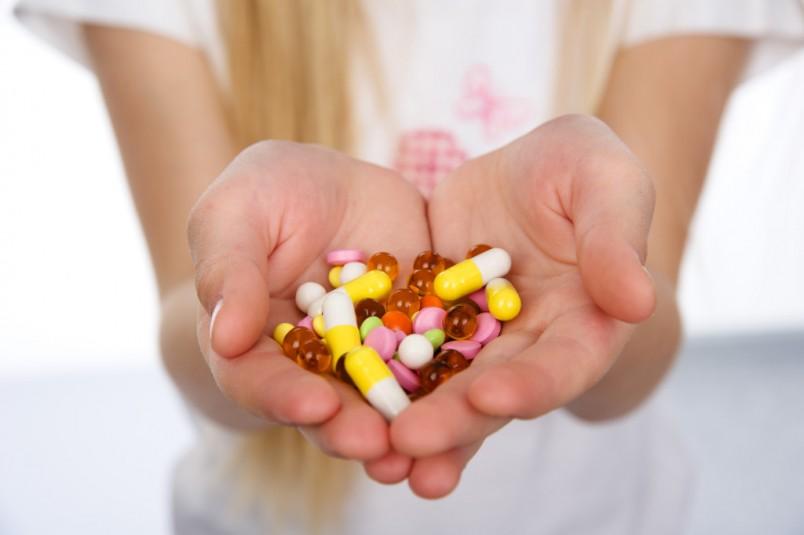Медикаментозное лечение является очень эффективным против симптомов молочницы.
