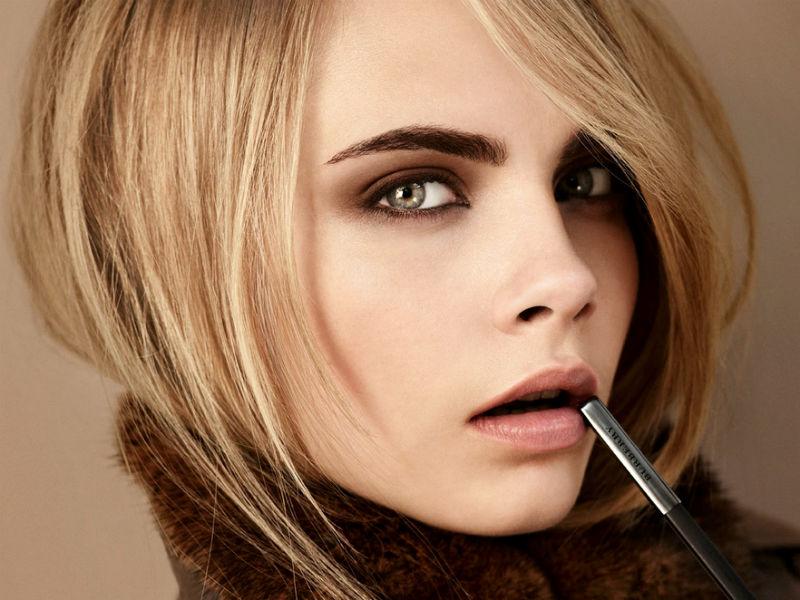 Для более долговременного эффекта рекомендуется как можно реже мочить покрашенные брови и ресницы.
