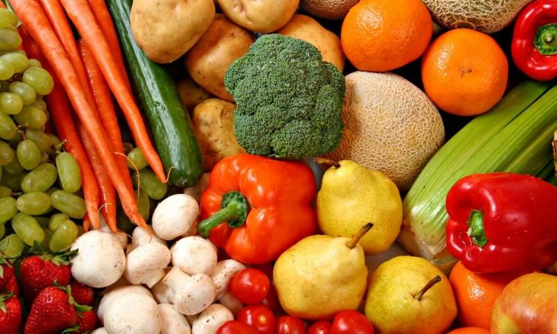 Овощи и фрукты станут отличным заменителем мучного и сладкого.
