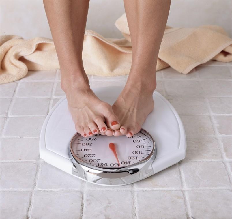 При ожирении, развившемся на фоне беременности, может возникнуть необходимость в диетическом питании для беременных.