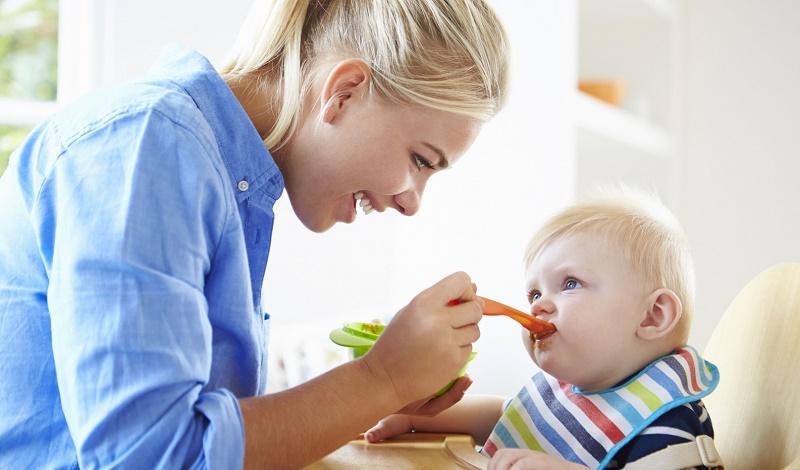 Мамино молочко самая лучшая пища для 7 месячного ребенка, но, увы, его уже недостаточно для полноценного развития крохи.