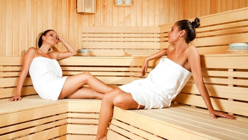 Кожа тоже нуждается в очищении. Баня, сауна или обычная ванна станет для вас отличным вариантом.