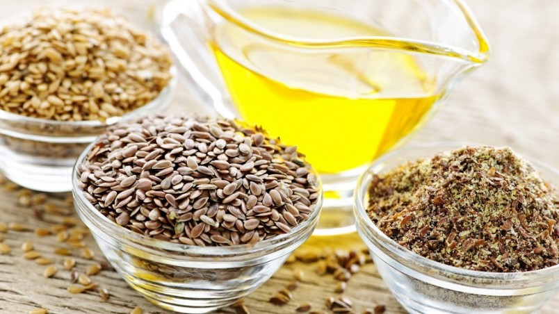 В народной медицине семена льна используют как в целом, так и в перемолотом виде.