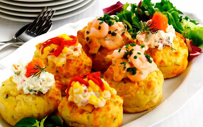 Закусочные маффины, рецепт которых представлен на сайте станет украшением любого праздничного стола.