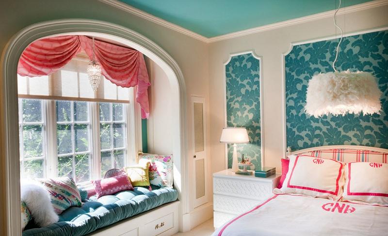 Какой бы стиль оформления комнаты для девочки подростка вы не выбрали, главное, не перегружать пространство мебелью.