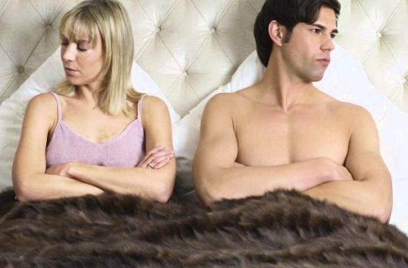 Иногда после 7 лет брака хочется бросить все и уйти. Ведь, как правило, после прожитых лет любви почти не осталось, она уступила место привычке. А так хочется новизны в отношениях.