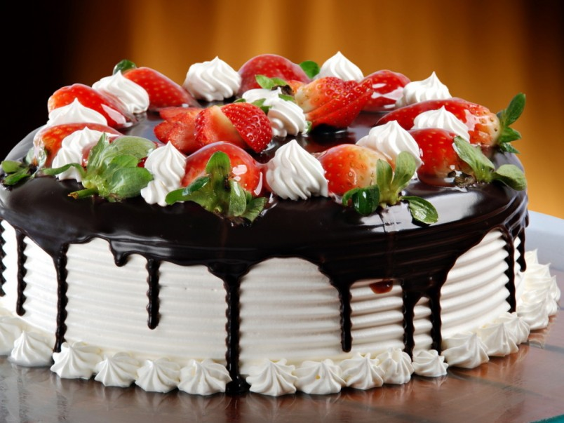 Торт - главное блюдо любого праздничного стола!