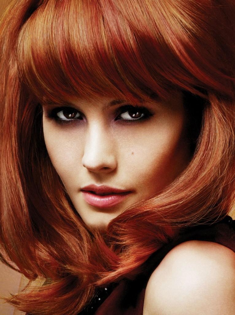 Если хотите подчеркнуть свою естественную красоту, воспользуйтесь тонами типа «медовая блондинка», «имбирь», «цвет ржавчины».