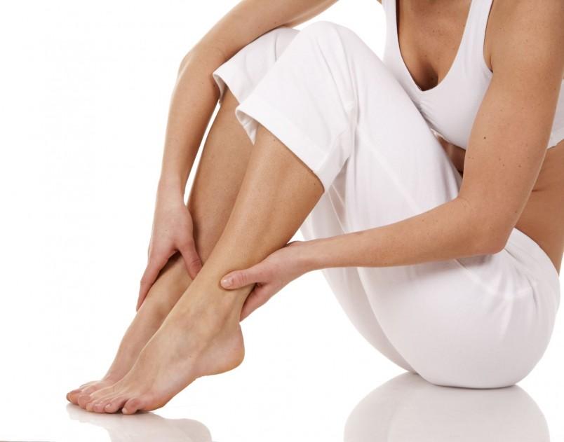 Судороги в ногах могут вызывать некоторые лекарства и заболевания.