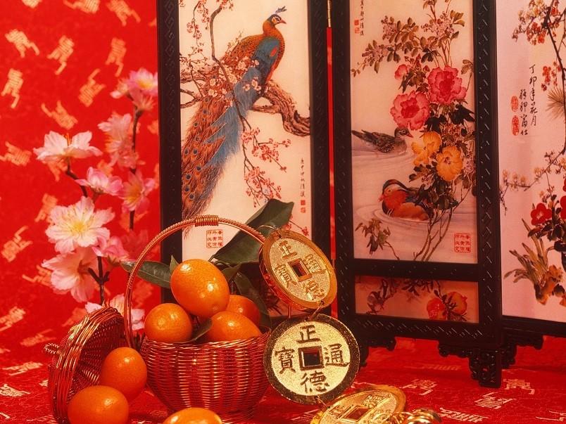 Красный цвет обладает сильной энергетикой и символизирует увеличение желаемого.