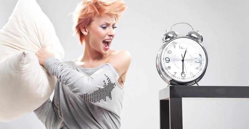 Даже если вы не выспались, почувствовать себя бодрым вам поможет контрастный душ.