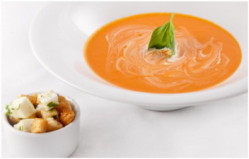 Супы-пюре обладают бархатистой консистенцией, имеют нежный вкус и их очень просто приготовить.