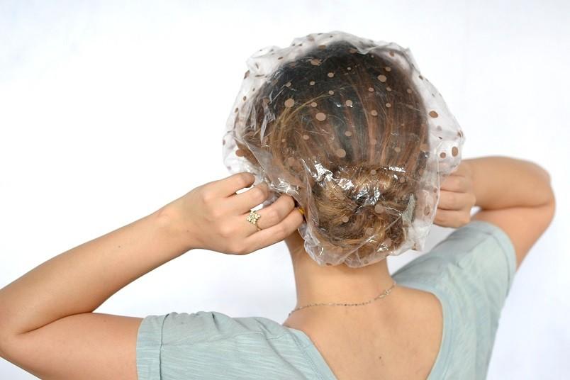 Для усиления эффекта луковой маки можно ополоснуть волосы настоем крапивы или листьев березы.