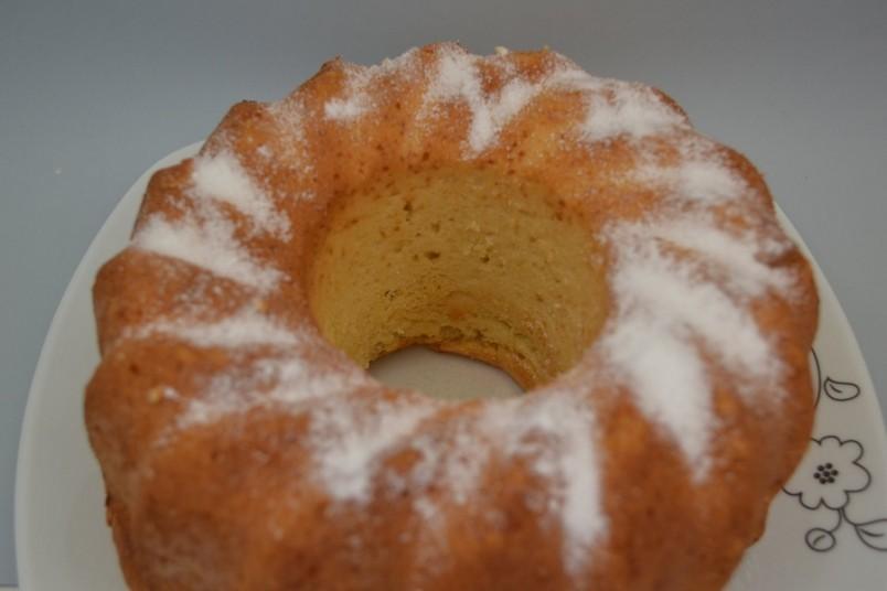 Обычно рецепт приготовления кекса не подразумевает каких-либо серьезных изысков, поэтому можно смело полагаться на свои предпочтения.