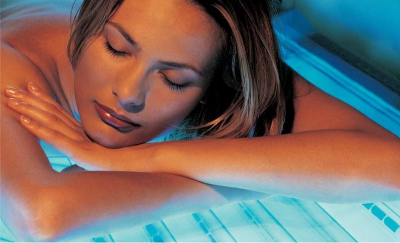 После первого посещения солярия необходимо подождать 2-3 дня, чтобы убедиться в нейтральной реакции кожи.