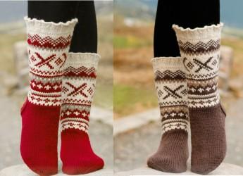 Чтобы пуховые или носки из натуральной шерсти были прочными и носились дольше, самые изнашиваемые места можно укрепить при вязании.