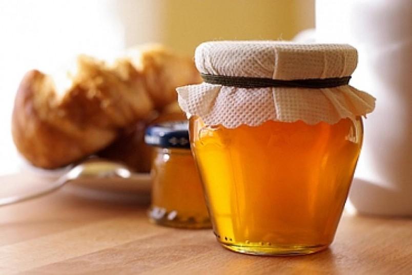 Проверить мед на подлинность можно самостоятельно с помощью простейших средств.