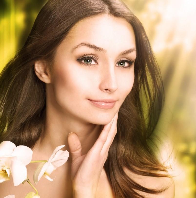 Одной из самых частых причин выпадения волос являются переживания и стрессы.
