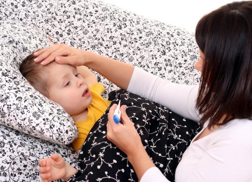Хотя пневмония в основном является бактериальной инфекцией, ее могут вызывать и вирусы. Особенно это характерно для деток на первом году жизни.