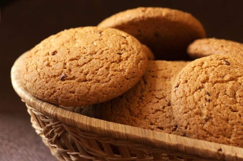 """Рецептов овсяного печенья существует огромное количество. Выберете именно """"свой"""" рецепт, который будет радовать вас своим прекрасным вкусом."""