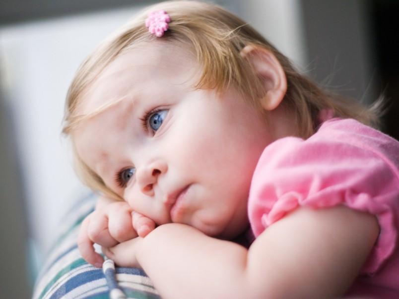 Если есть хоть малейшее сомнение о том, что вызвало боль у ребенка, обязательно обращайтесь к врачу.