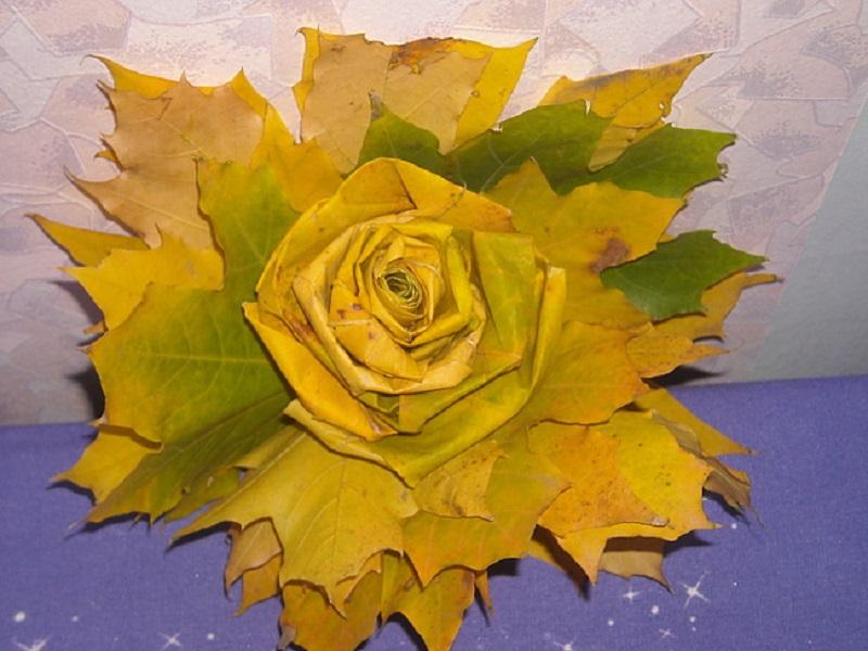 Цветы из листьев клена своими руками 16