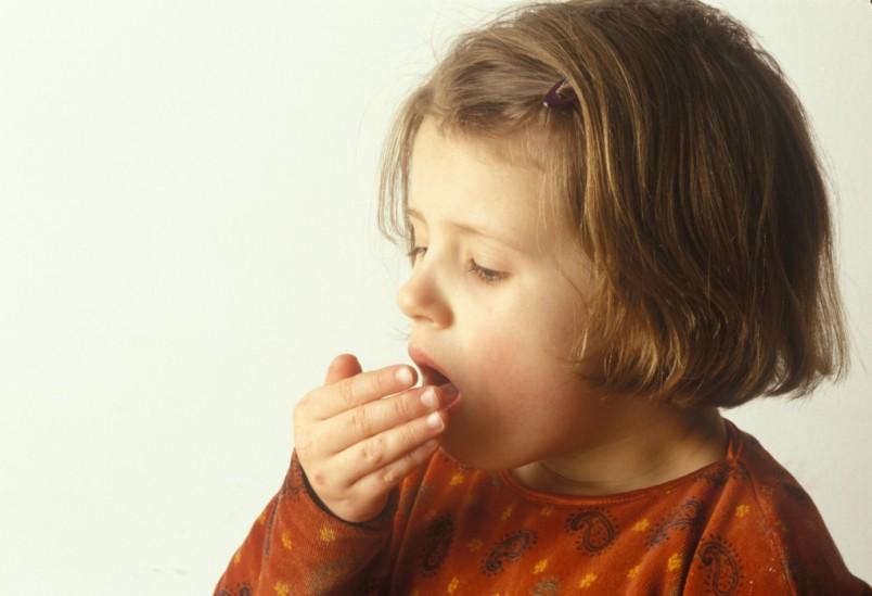 Лечение кашля у детей народными методами позволяют добиться отличного результата.