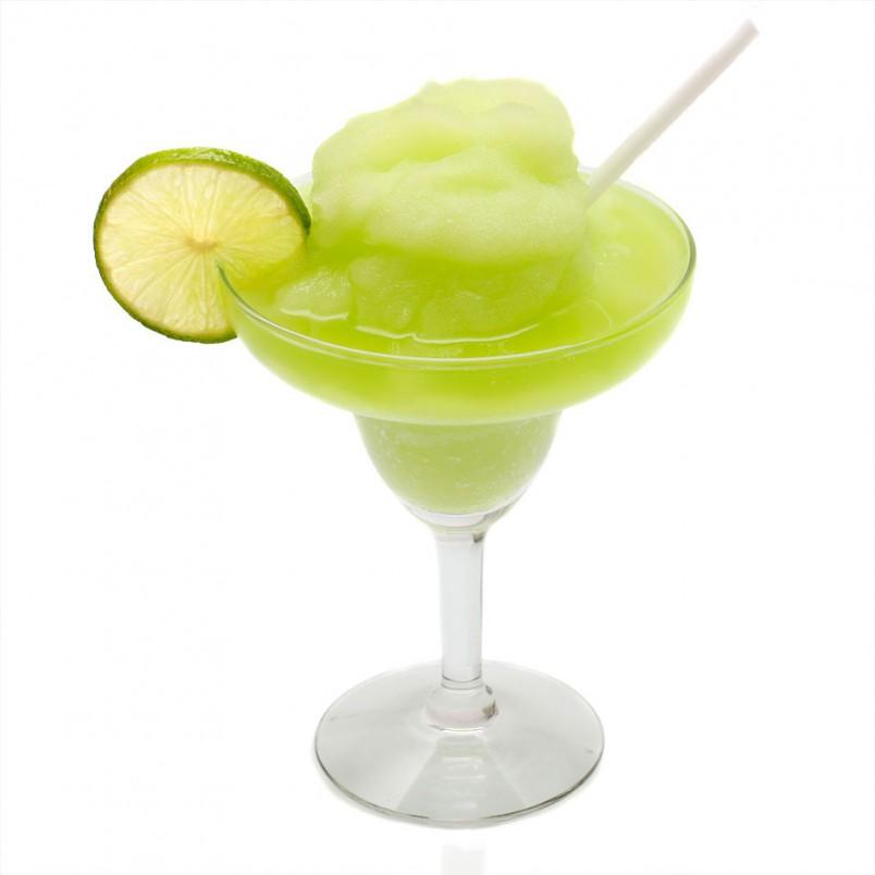 Коктейль мохито твердо держится на первых позициях в рейтинге классических напитков.
