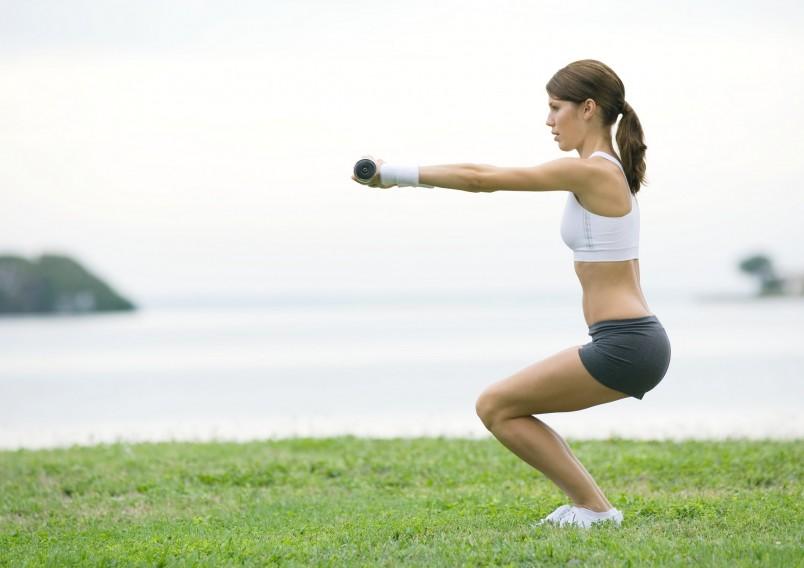 Чтобы исправить осанку и избавиться от болей в спине, тебе достаточно выполнять этот комплекс всего 2-3 раза в неделю.