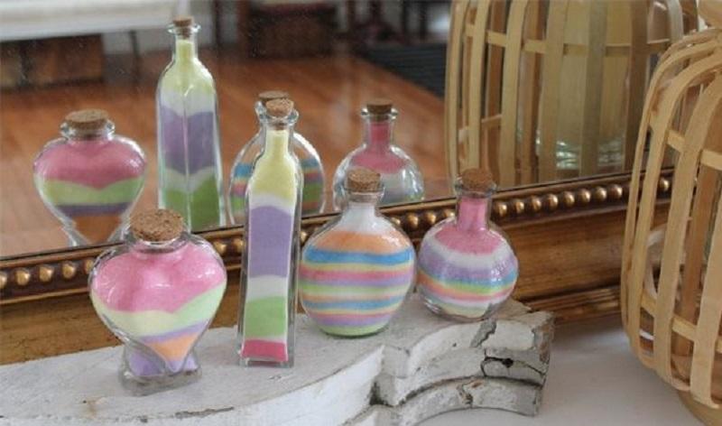 Декорирование бутылок своими руками — это увлекательное занятия, которое не требует особых навыков и умений, главное — желание, немного терпения и безграничная фантазия!