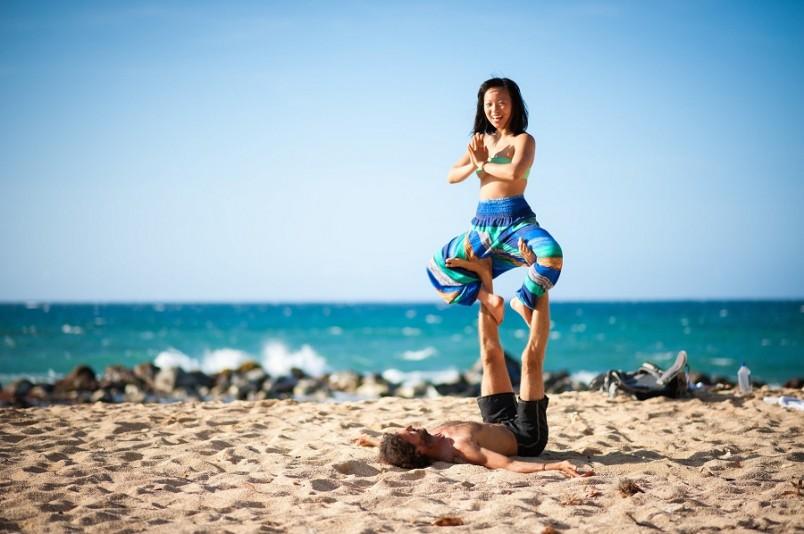 Индийским йогинам, досконально овладевшим всеми ступенями мастерства, часто приписывают сверхъестественные способности