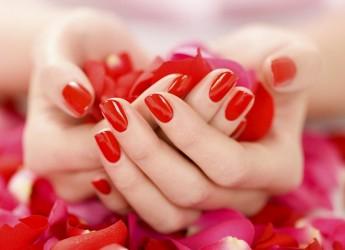 Ухаживайте за руками так, как вы ухаживаете за лицом, как известно, именно руки выдают возраст женщины.