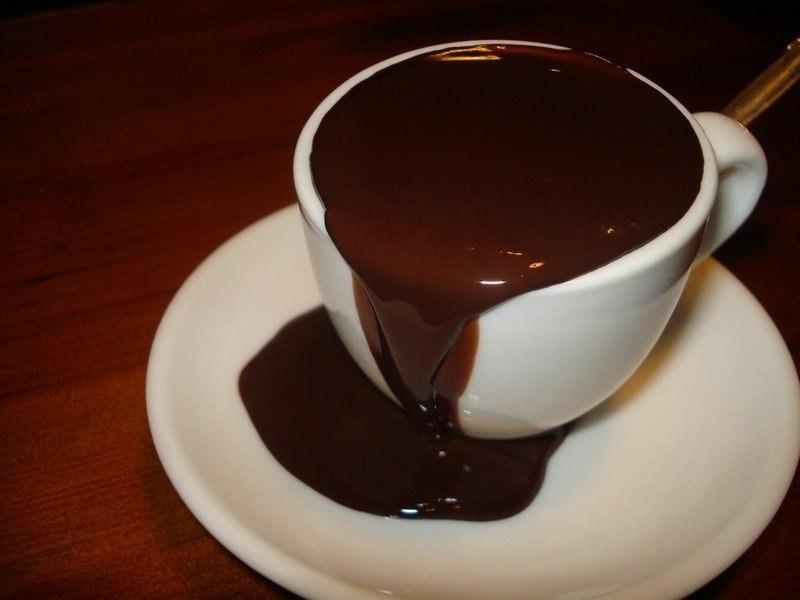 Шоколад Слим не содержит в своем составе искусственных добавок, красителей и консервантов, поэтому его употребление не может принести вред здоровью человека.