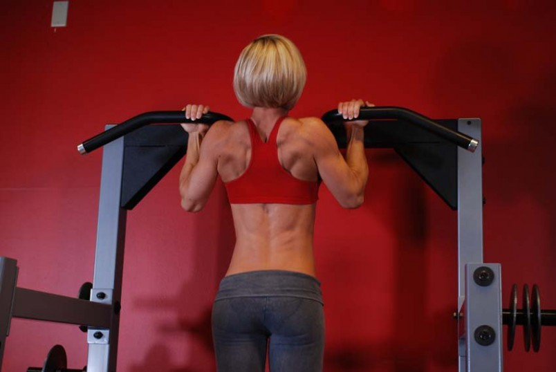 Спина - это крупнейшая мышечная группа верха тела. Ее проработка должна занимать существенное место в тренировочном процессе.