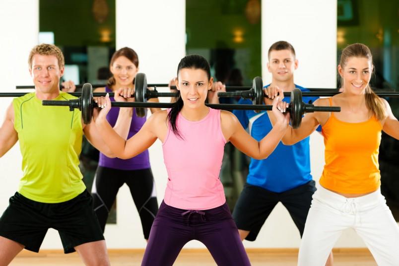 Упражнения для осанки для взрослых и детей будут отличаться.