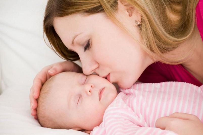 Искусственное вскармливание детей до 1 года – риск развития атопического дерматита.