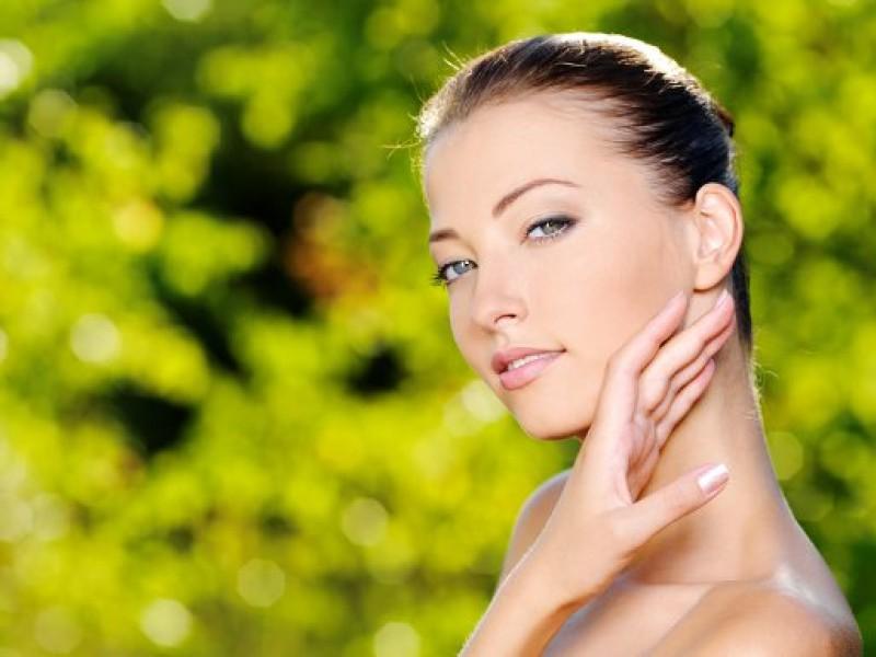 Процедура газожидкостного пилинга позволяет получить желаемый эффект по омоложению кожи за максимально короткий промежуток времени .