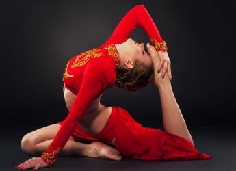 Тренируя гибкость, вы увеличиваете эластичность мышц, улучшаете подвижность суставов.